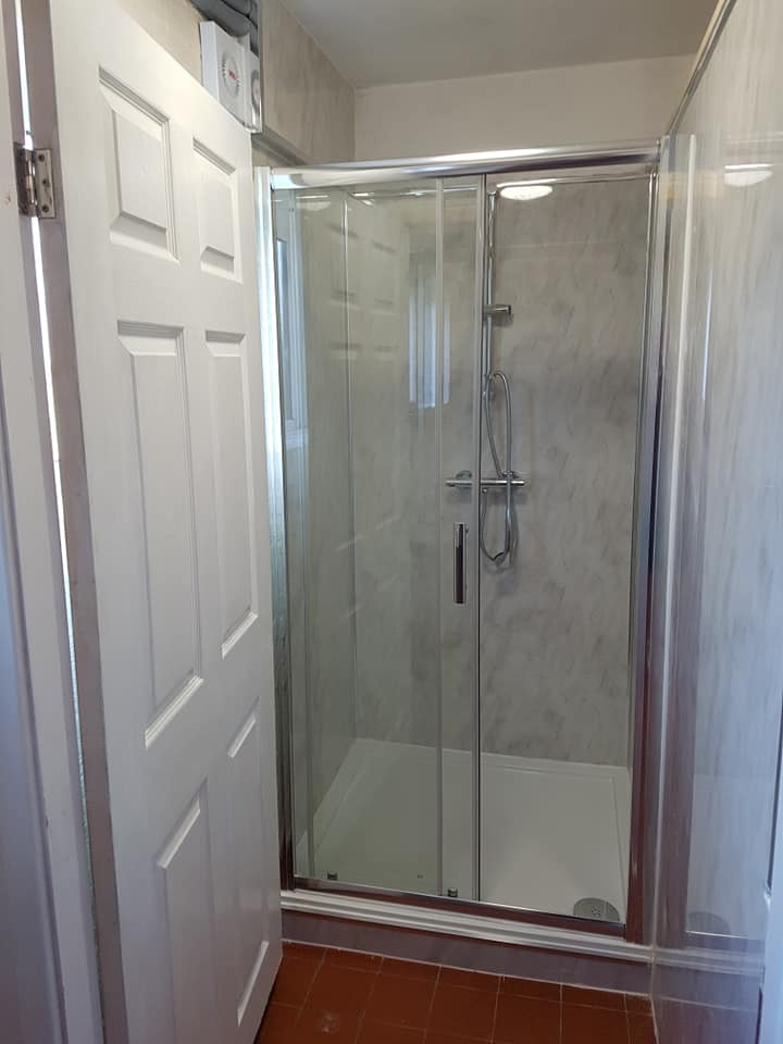 Camp House Shower Cubicle